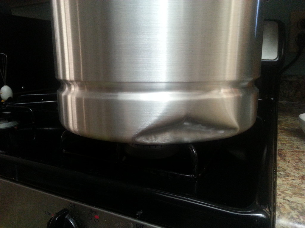 Tamale pot dented