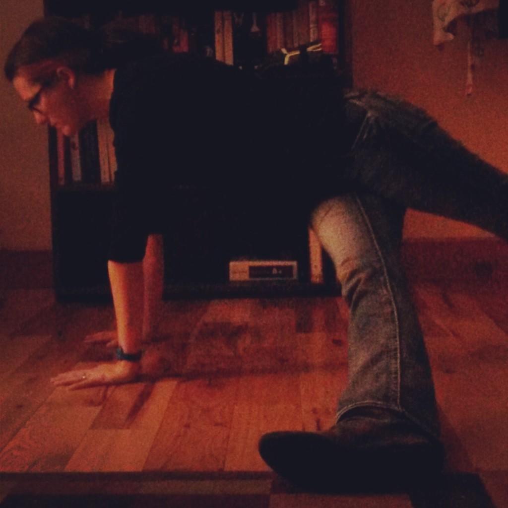 Revolved Plank pos